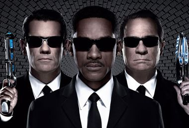 Image: Men In Black 3: Movie Review
